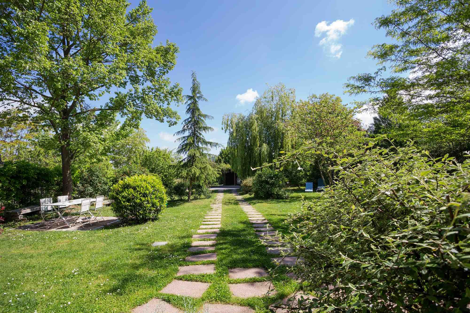 B&B_TorredeiMagnani_giardino