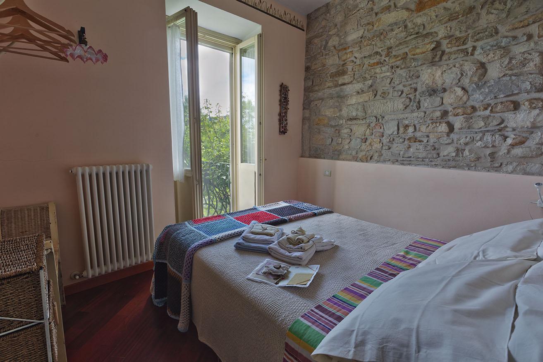 Camera-Giulietta-con-balconcino